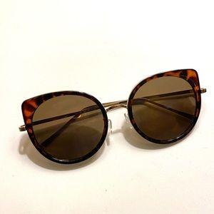 Anthropologie Aj Morgan sunglasses tortoise brown